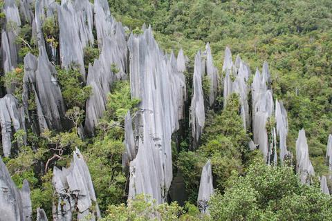 [Hình: 10-diem-den-noi-bat-trong-du-lich-malaysia-01.jpg]