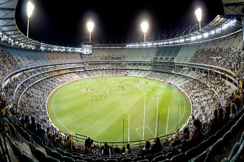 Đến sân vận động Melbourne chơi cricket