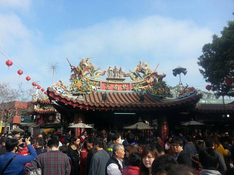 Kỳ lạ ngôi chùa 'hào phóng nhất thế giới' cho người dân vay tiền khi khó khăn