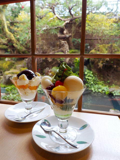 Matcha (trà xanh) Nhật.