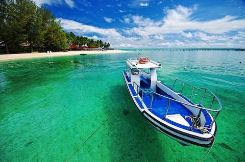Bãi biển Derawan, phía đông tỉnh Kalimantan