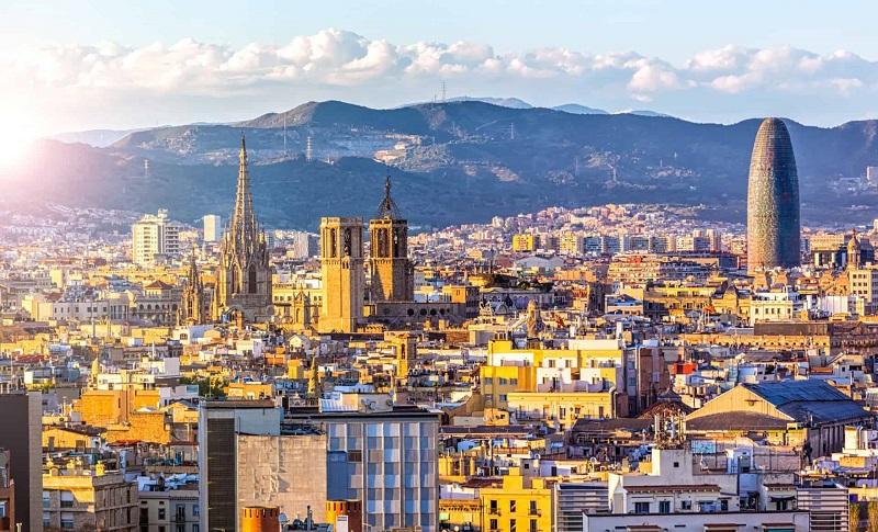 Barcelona - thành phố đáng để chúng ta khám phá một lần