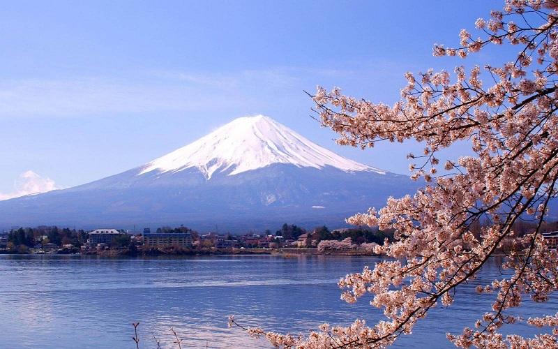 Núi Phú Sĩ được xem là biểu tượng của Nhật Bản
