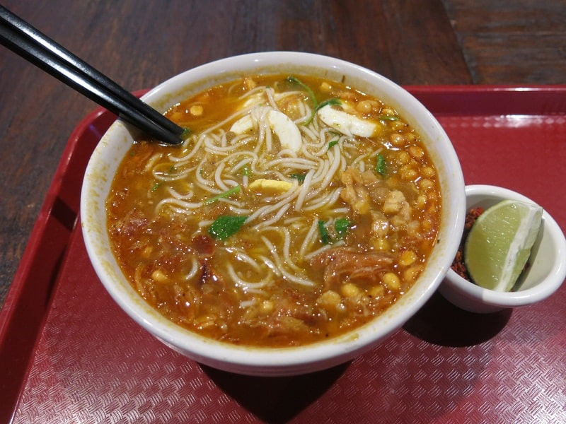 Bún cá Mohinga là món ăn truyền thống rất nổi tiếng của người Myanmar