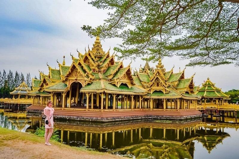 Những kiến trúc thuộc thời kỳ Sukhothai và đế chế Khmer được tái hiện ở phía Bắc Ancient City