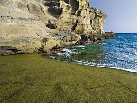 Bãi biển Papakolea.