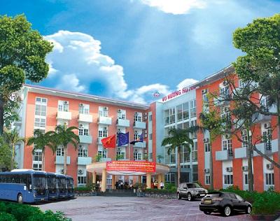 Khách sạn sang trọng biển Của Lò