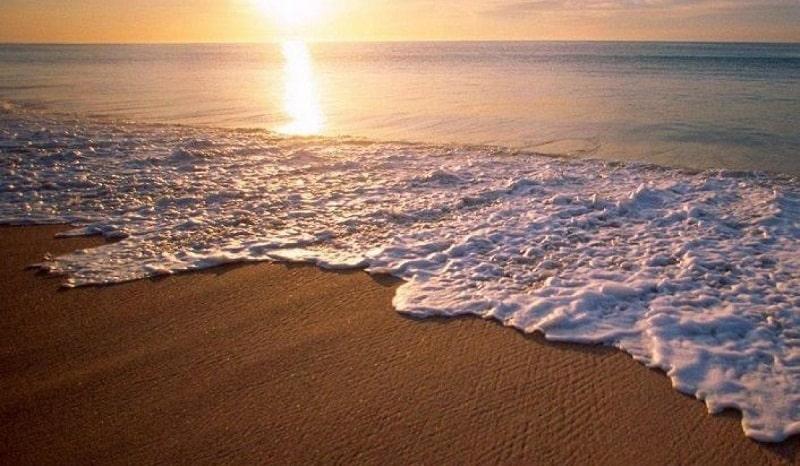 Vẻ đẹp của biển Khai Long buổi chiều tà