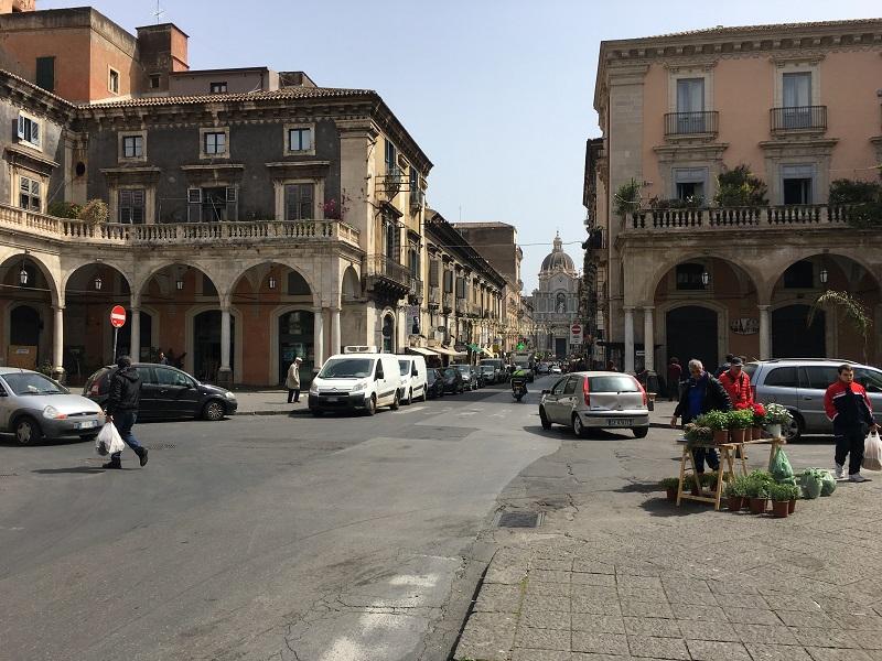 Quảng trường nhỏ Piazza Mazzini là một điểm đến thú vị