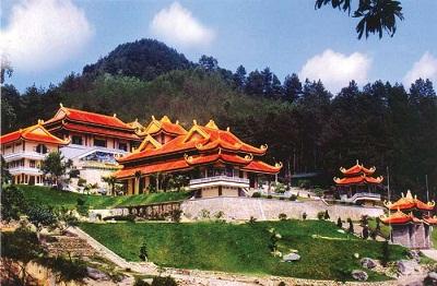 Du lịch Đà Lạt - Thiền viện trúc lâm