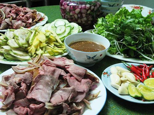 Thit be Cau Mong Da Nang mon dac san du khach khong the bo qua