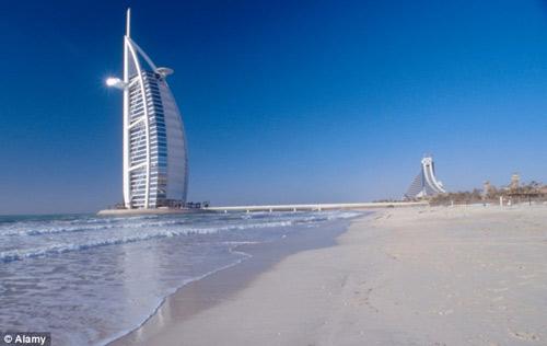 Jumeirah Dubai bai bien noi tieng nhat vung vinh