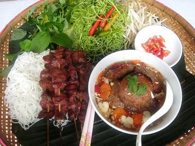 Du lịch Hà Nội - Bún chả