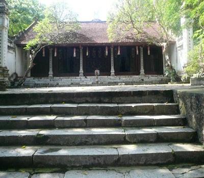 du lịch Hà Nội cùng chùa trầm