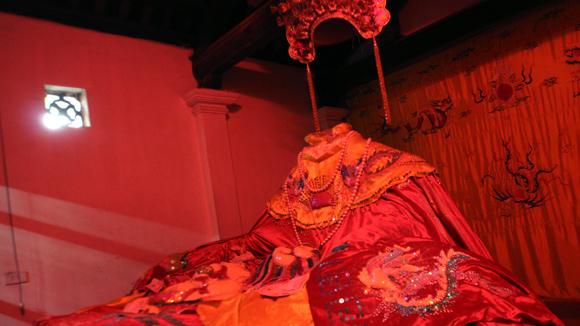 Bức tượng Mỵ Châu.