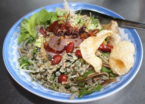 5 món ăn khó cưỡng khi đến Huế