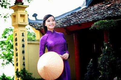 Vẻ đẹp con người xứ Huế