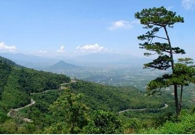 Du Lịch Huế - núi Ngự Bình