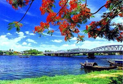 Du lịch Huế - sông Hương