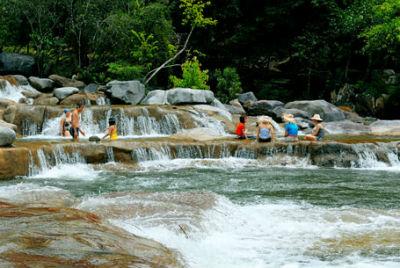 Du ngoạn Nha Trang chiêm nhưỡng vẻ đẹp quyến rũ của rừng và biển