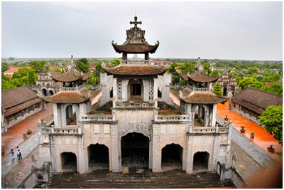 Du lịch Ninh Bình - Nhà Thờ Đá Phát Diệm
