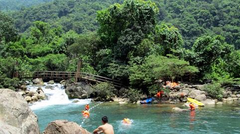 Du lịch Phong Nha: Du lịch Sinh Thái nước Mooc