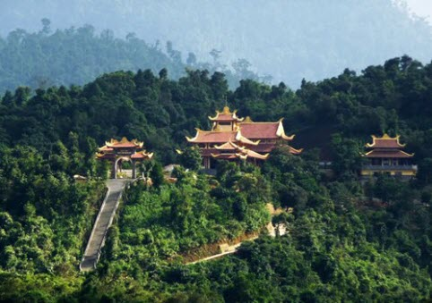 Nét hấp dẫn khó cưỡng của đất Phật Yên Tử