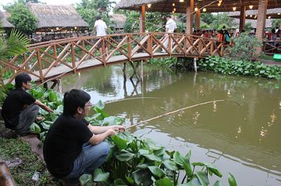 Câu cá tại Sài Gòn