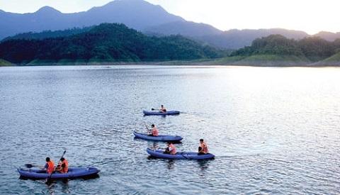 Hồ Cửa Đạt