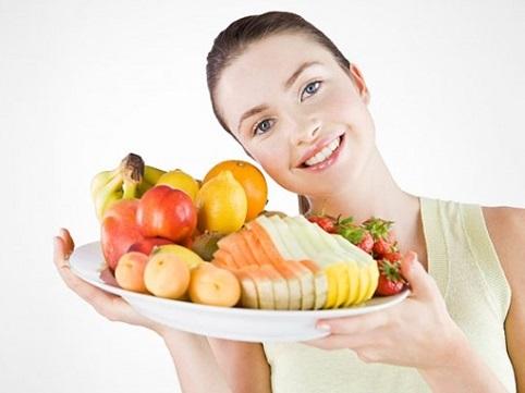 Ăn trái cây sau bữa cơm