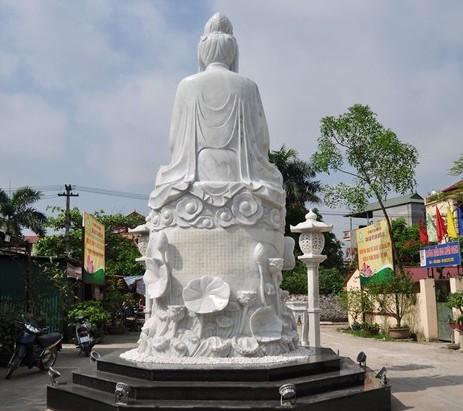 Tượng bồ tát lớn nhất Việt Nam