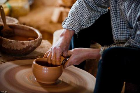 Làm gốm Hương Canh