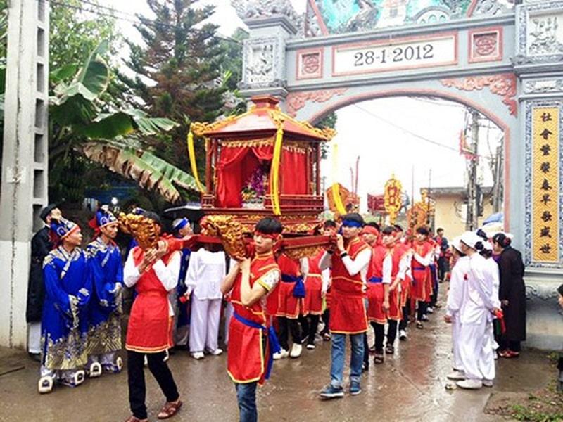 Nghi lễ trong hội làng ở Vọng Nguyệt