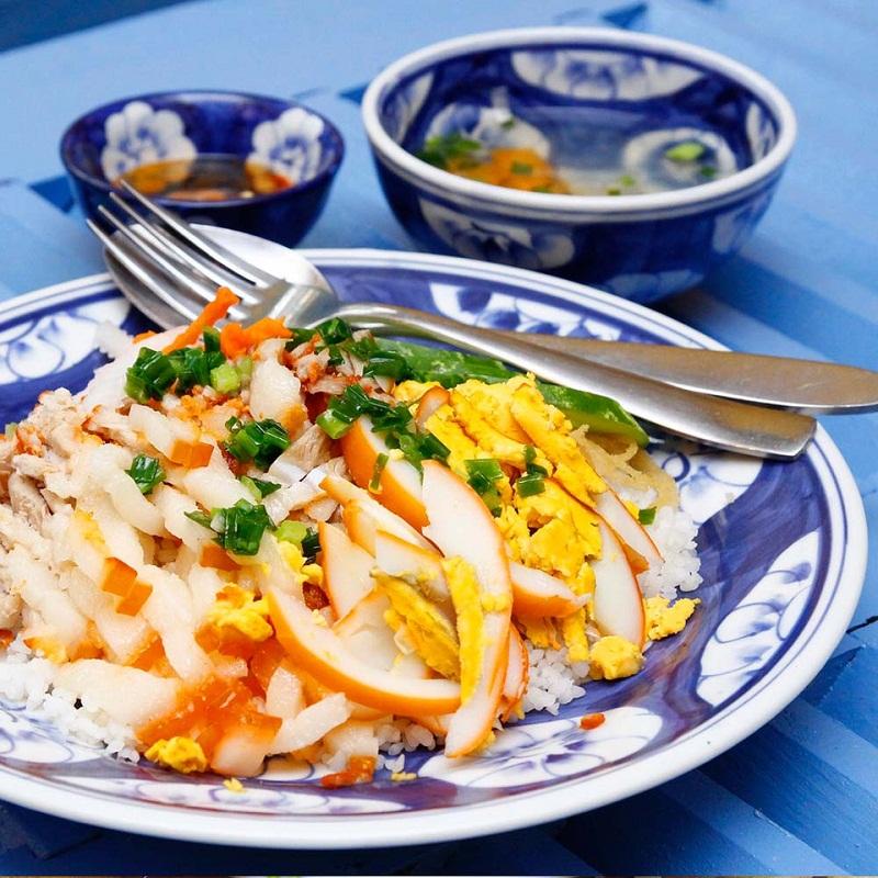 Cơm tấm nhuyễn đặc trưng của Long Xuyên