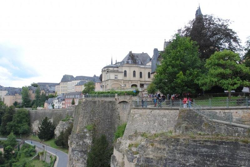 Đến Luxembourg không thể bỏ qua Khu phố cổ lịch sử