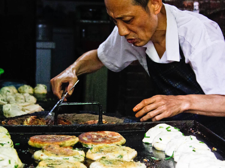 Những món ngon đường phố khiến du khách phát thèm ở Thượng Hải