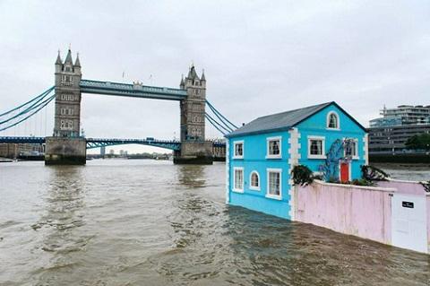 Nhà nổi trên sông Thames