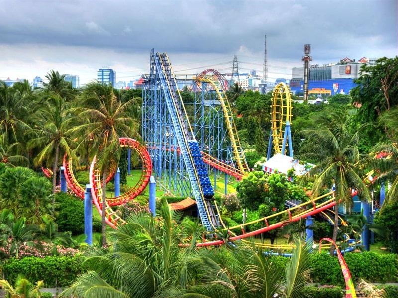 Khu giải trí Ancol Dreamland đồ sộ thu hút nhiều khách du lịch