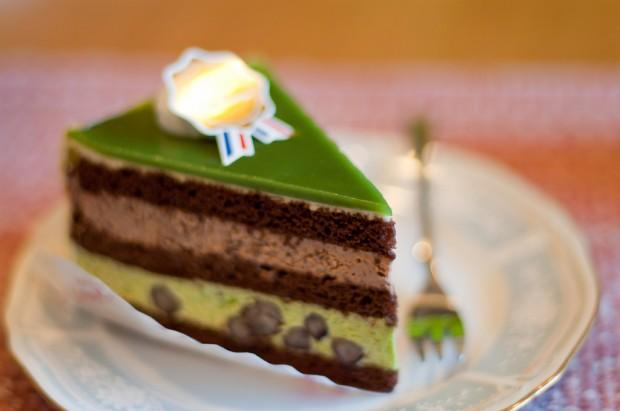 Bánh ngọt vị mát cha là món bánh tráng miệng hoàn hảo dùng sau bữa ăn.