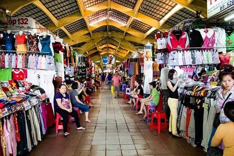 Mua sắm ở chợ Bến Thành