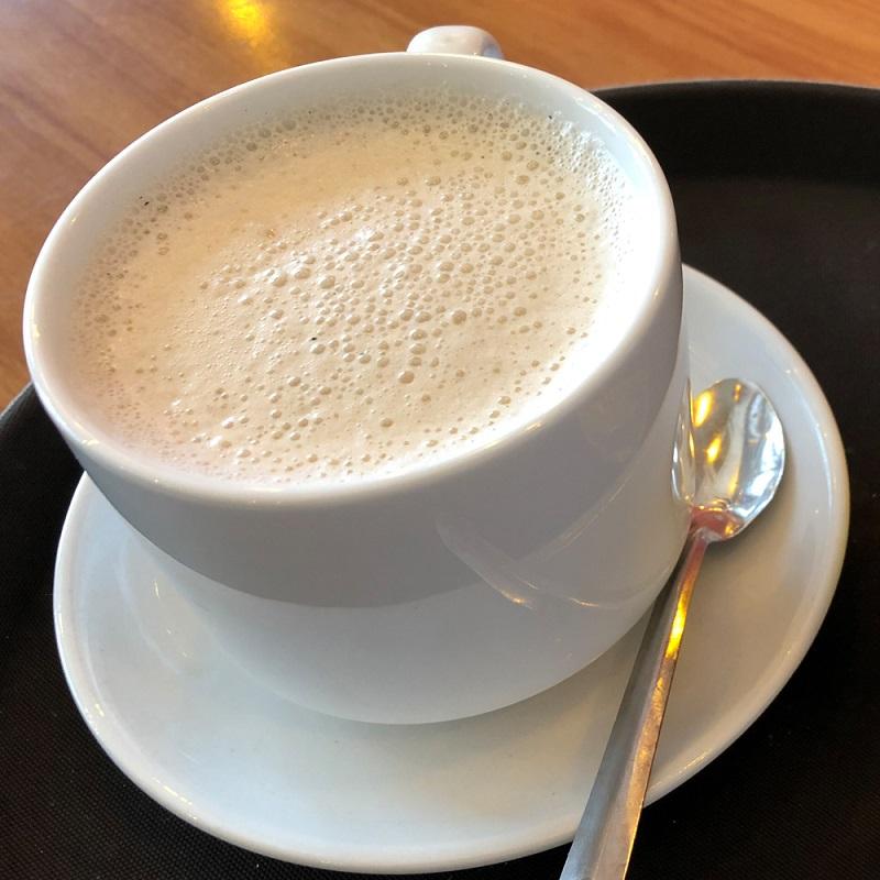 Trà sữa nóng thích hợp cho buổi tối se lạnh