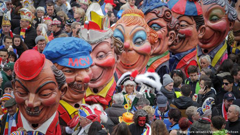 Carnaval Big-headed ở Mainz