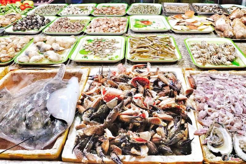 Những món hải sản tươi sống luôn là điểm thu hút khi đến với Vũng Tàu