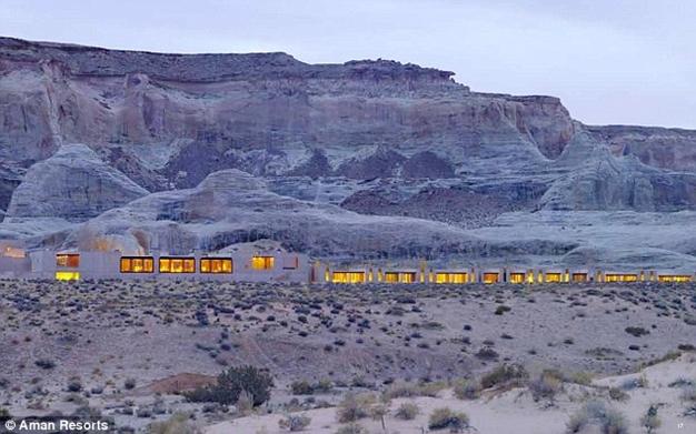 Khách sạn giữa sa mạc ở Mỹ