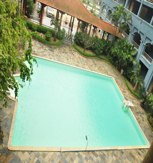 Bể bơi khách sạn Xanh Cửa Lò