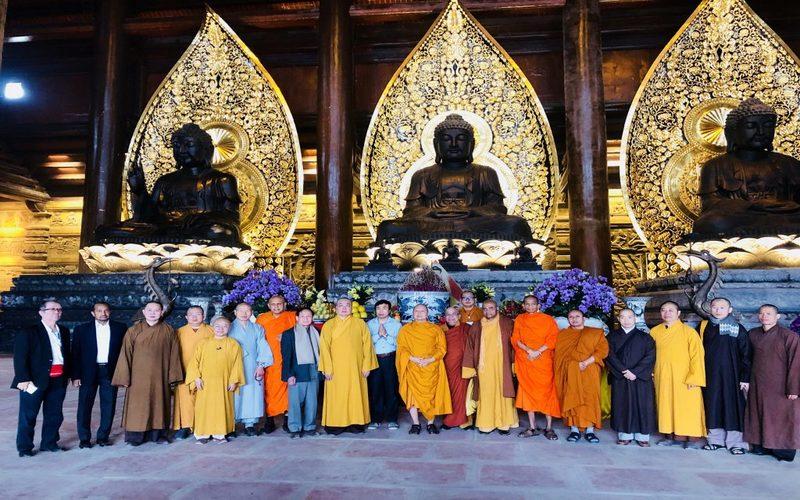 Khai hội chùa Tam Chúc - Ngôi chùa có khuôn viên lớn nhất Thế giới