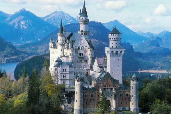 Lâu đài đẹp như cổ tích