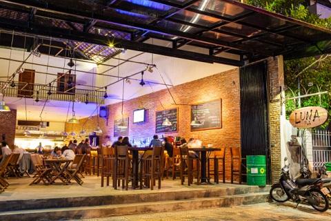 Luna Pub điểm lý tưởng giải trí về đêm tại Đà Nẵng