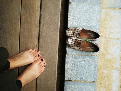 Đừng đi giày vào nhà người dân Nhật Bản