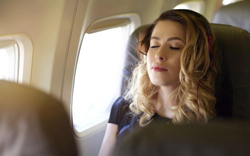 chống tiếng ồn trên máy bay
